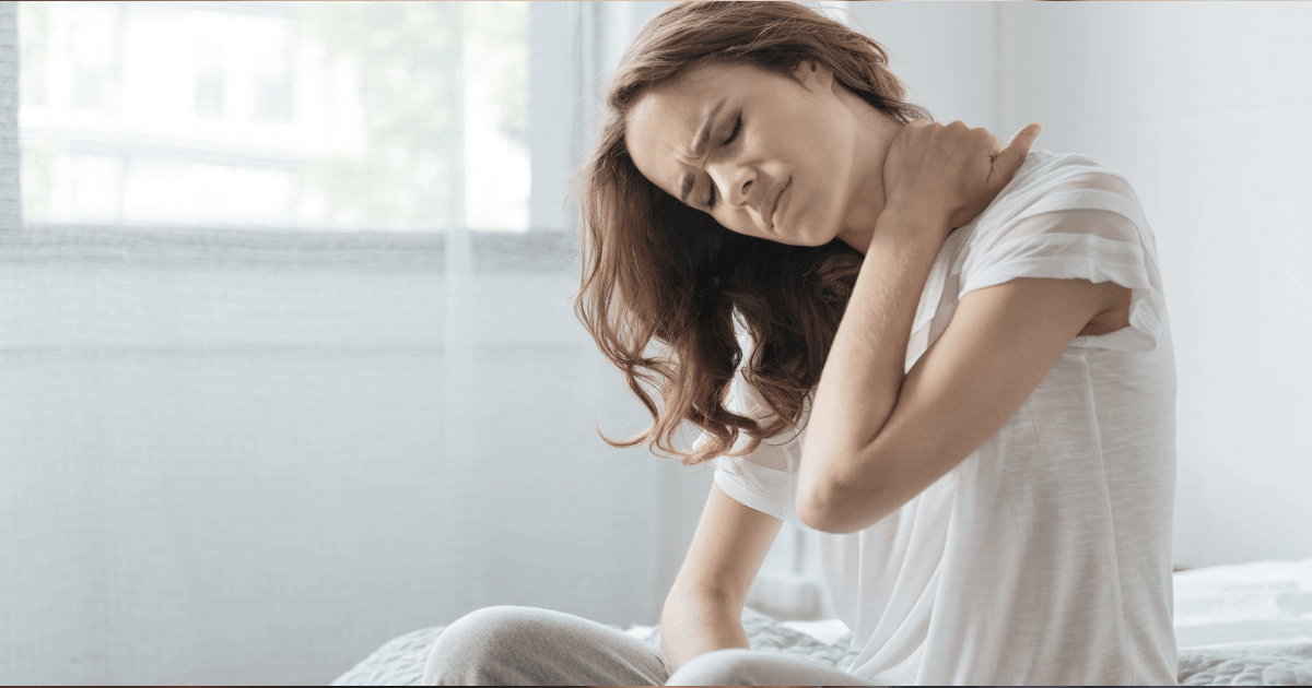 Хруст в шее: причины и последствия