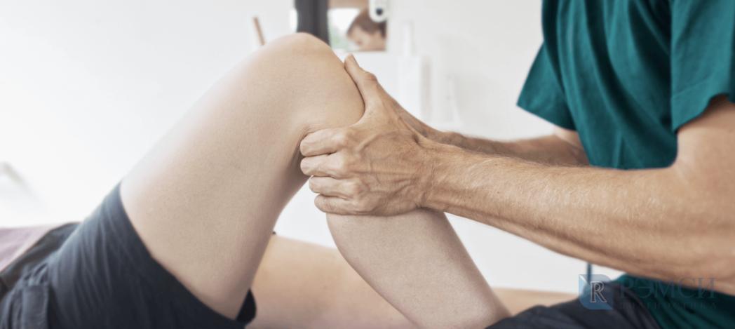 Терапия и массаж при деформации коленного сустава