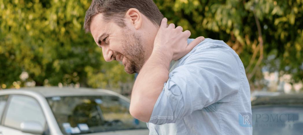 Голова может постоянно болеть из-за нехватки кислорода после травмы шеи