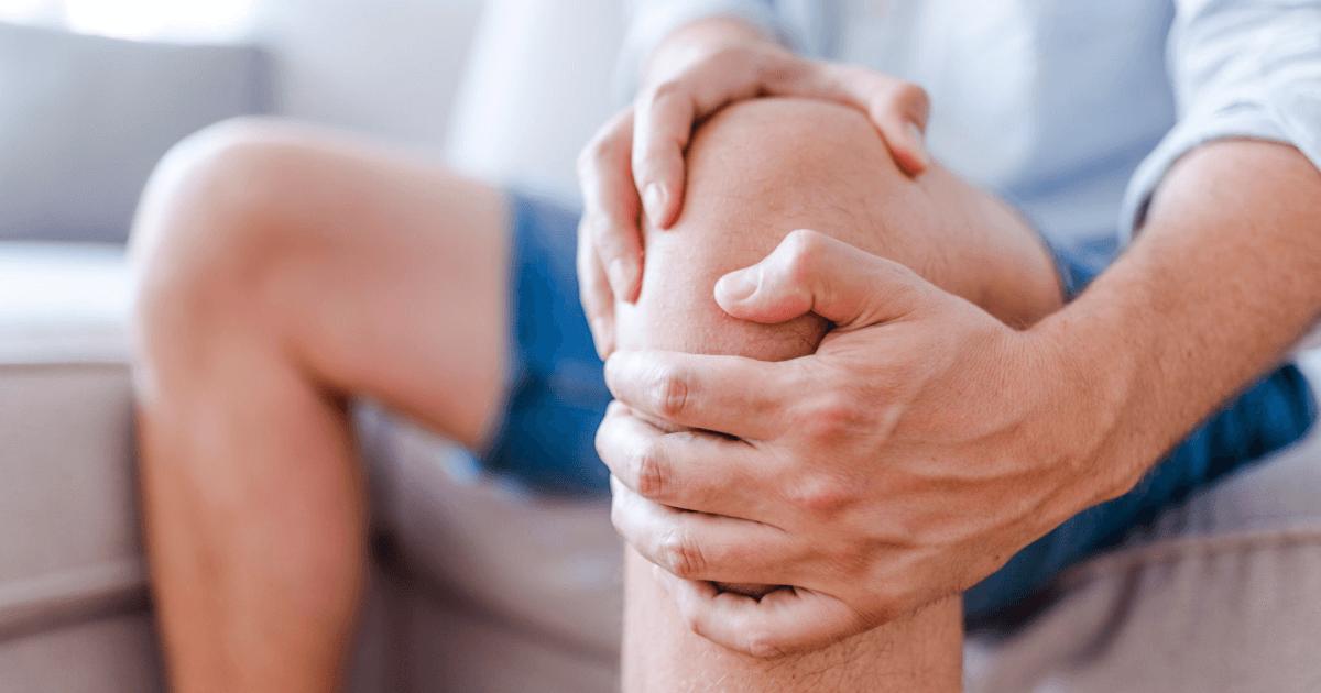 Почему появляется боль в коленном суставе?